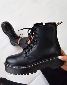 Chunky Platform Lace Up Ankle Boots – Black PU - dragonball. Sneakers Mode, Sneakers Fashion, Fashion Shoes, Fashion Black, Leather Fashion, Me Too Shoes, Women's Shoes, Shoe Boots, Ankle Boot Outfits