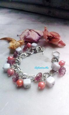 Bracciale argentato rosa grigio con perle di vetro, regalo di Natale, regalo per lei, anniversario, gioielli, handmade, unico, nichel free