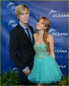 Bella thorne wearing sherri hil blue dress on the red carpet<33