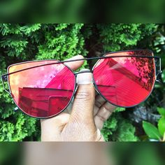 Barcelona Aviators Sunglasses www.glamcoutureboutique.com #sunglasses #sunshades #shades #sunnies #jewelry #accessories #neworleans #accessories #fashiontruck #mobiletruck #mobileboutique #shopthetruck #westopyoushop #glamcoutureboutique