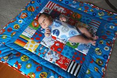 need to find my sewing machine! I can whip this bad boy up in 4 days! Quilt Baby, Cat Quilt, Boy Quilts, Quilting Projects, Sewing Projects, Quilting Tutorials, Crochet Quilt Pattern, Baby Motiv, Dr Seuss Crafts