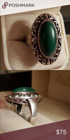 Sterling Silver Malachite Ring size 8 Marked 925 Sterling Silver Malachite Ring size 8 Marked 925 SK Thailand.HSN Designer Ring. Very Heavy  & Well Made.Stunningly Detailed around the Large Oblong Gemstone.Fully Finished under Gallery.Another Ring I order and never wore much. Excellent condition. Great Ring. Jewelry Rings