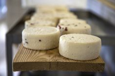 From pecorino sheep's cheese to truffles; traditional Tuscan food is ...