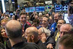 Wall Street fica em alta com Dow Jones em destaque - http://po.st/WnzqUu  #Bolsa-de-Valores - #Bancos, #Barril-Do-Petróleo, #Índices, #Nasdaq