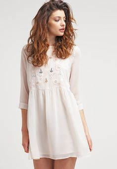 Glamorous Summer dress - blush for £24.59 (22/01/17) with free delivery at Zalando
