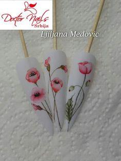 Aquarelle by Ljiljana m Medovic Tulip Nails, Flower Nails, Nail Polish Designs, Nail Art Designs, Spring Nails, Summer Nails, Hello Nails, Hard Nails, Water Color Nails