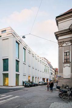 KUEHN MALVEZZI, Ulrich Schwarz · Joseph Pschorr Haus building