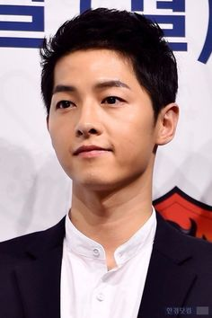 Song Joong-ki has been robbed of his identity and personal information Korean Actors, Asian Actors, Song Joong Ki Birthday, Soon Joong Ki, Sun Song, A Werewolf Boy, Sungkyunkwan Scandal, Songsong Couple, Korean Drama Series