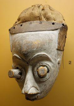 Mask (pwoom itok) - Kuba - Royal Museum for Central Africa - DSC05918.JPG