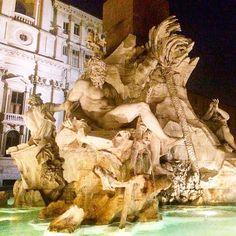 ...Fontana dei Quattro Fiumi... Фонтан Четырёх рек (итал. Fontana dei Quattro Fiumi)  один из самых знаменитых фонтанов Рима. Находится на пьяцца Навона. Сооружён в 16481651 гг. по проекту Бернини. by olgaprovotorova