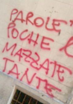 Star Walls - Scritte sui muri. — concretamente