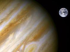 Aunque se suele decir que Júpiter es una especie de guardián que nos protege contra el impacto de asteroides, la realidad es una poco más compleja. Te lo contamos.