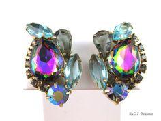 "Vintage JULIANA D&E Watermelon Blue & Grey Rhinestone AB Clip Earrings 1 1/2"""