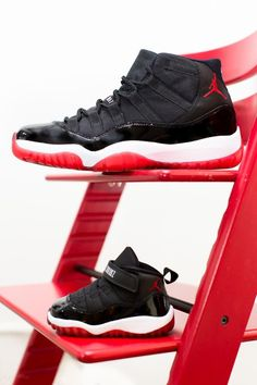 Bred 11's ;/ my boyfriend has these, im mad I couldnt get themm