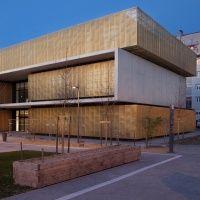 Polo educativo e culturale a Pau, Francia, di MHJV architectes. Finalista 2013
