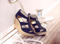 "Michael kors wedge shoe ♥♥♥♥ please ive been a ""good"" girl ;) ;)"