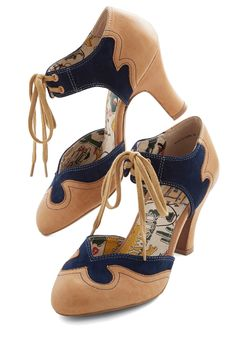 Trailblazing Charmer Heel in Navy. Youre a frontier-forging beauty in these Miss L Fire heels! #tan #modcloth