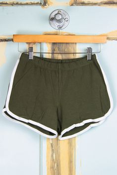 Contrast Binding Gym Shorts - Olive