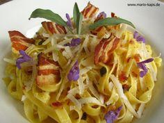 Tagliatelle con pancetta affumicata e salvia – Eine Pasta-Variation: Tagliatelle mit geräuchertem Speck und Salbei