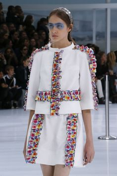 Chanel Spring 2016 Ready-to-Wear Accessories Photos - Vogue