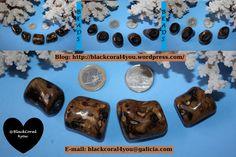 Black Coral i/o Coral Negro and Spondylus Gemstone Jewelry, Beaded Jewelry, Diy Jewelry Parts, Mish Mash, Coral Stone, Expensive Jewelry, Pink Topaz, Wedding Jewelry, Hello Kitty