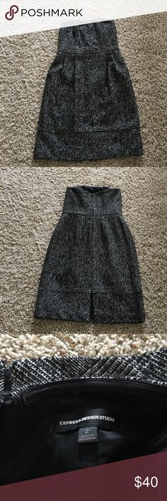 Express strapless dress Express strapless dress .. size 2 .. with pockets .. great used condition.. smoke/pet free home Express Dresses Strapless
