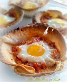 obleas de empanadilla con huevos de codorniz
