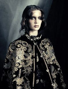 Computer Embroidery ..  lovely ....  Marine Vacth by Paolo Roversi (October 2012) - October 2012 -