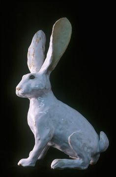 Winter hare- Sue Whimster This would make a nice drawing. Rabbit Sculpture, Art Sculpture, Pottery Sculpture, Animal Sculptures, Jack Rabbit, Rabbit Art, Paper Clay, Clay Art, Ceramic Pottery