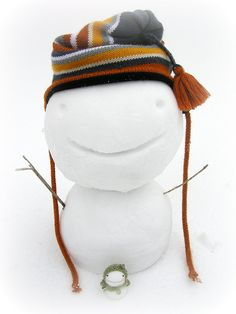 real snowman, felt snowman... so cute!