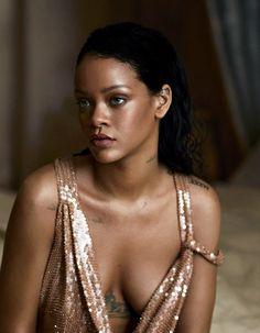 Rihanna for Vogue US *close*