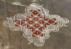 Rangoli Ideas, Simple Rangoli, Beautiful Rangoli Designs, Kolam Designs, South Indian Rangoli, Padi Kolam, Celtic Knots, Floor Art, Welcome Mats