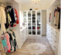 Someday I will have this. But not just for me. Nope, it will be a whole house closet, with washer and dryer. The entire family's clothes one place. Yesssssss...