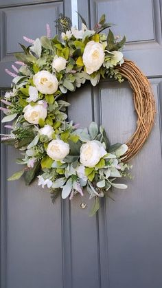 Diy Spring Wreath, Spring Door Wreaths, Diy Wreath, Holiday Wreaths, Wreaths For Front Door, Winter Wreaths, Silver Christmas Decorations, Lavender Wreath, Greenery Wreath