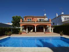 Villa 2 Calle San Manuel, Marbella  #spain #marbella #europe #holidayhome #forsale #buynow #propertynewsni #propertynews