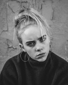 billie eilish black and white Billie Eilish, Aesthetic Pictures, Pretty People, Music Artists, My Idol, Celebs, Black And White, Instagram, Illustration