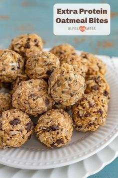 Extra Protein Oatmeal Bites pack a ton of nutrients, fiber, and protein for a well-balanced snack that tastes reminiscent of a healthy peanut butter cup. Protein Snacks, Protein Desserts, Protein Bites, Protein Cookies, Healthy Protein Balls, Cookies Vegan, High Protein, Oatmeal Bites, Protein Oatmeal