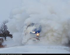 Montreal-New York Amtrak 68 races south amidst the first winter storm of the season. Train System, Choo Choo Train, Train Pictures, Winter Love, Engin, Snow Plow, Winter Storm, Snow And Ice, Train Tracks