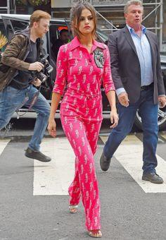 fuckyeahselenita: Selena out in New York June 5th