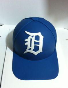 7c7e099cd77 Detroit Tigers baseball cap cake