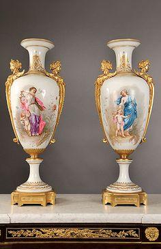 Charles Cheriff Galleries Sevre Porcelain artisticamente com desenhos de anjos