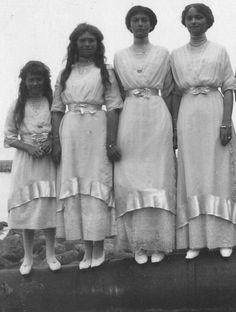 OTMA (Olga, 1895 ~ Tatiana, 1897 ~ Maria, 1899 ~ Anastasia, 1901)