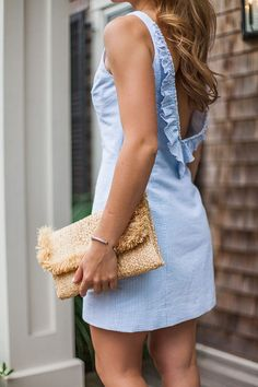 southern tide womens dress | how to style a seersucker dress | how to wear a seersucker dress | summer fashion | summer style | fashion for summer | style ideas for summer | warm weather fashion | fashion tips for summer || a lonestar state of southern