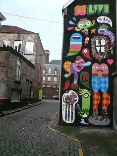World Graffiti Street Art : 19 - Banksy, Borondo, Broken Fingaz. Best Street Art, 3d Street Art, Amazing Street Art, Street Artists, Graffiti Artists, Grafitti Street, Murals Street Art, Mural Art, Installation Street Art