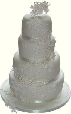 Beautiful snowy white winter wedding cakes ideas 50