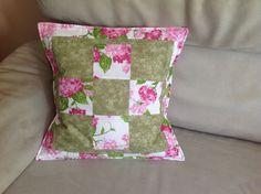 Kissen mit rosa Hortensien