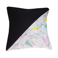 Hellopillow New Triangle Facet Pastel