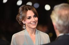 love that earrings - Duchess Kate Goes Sheer At The 'Spectre' Premiere