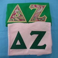 One of our on sale packs, available now. Click through to see how many are available (usually one) and for more information on the items included. It's practically a steal! Custom Greek Apparel, Sorority Outfits, Delta Zeta, Greek Clothing, Bid Day, Screen Printing, Greek Outfits, Screen Printing Press, Silk Screen Printing