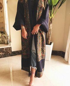 Arab Swag | Nuriyah O. Martinez | 7 vind-ik-leuks, 1 reacties - جواهر الحمادي . (@juwaherh) op Instagram: 'Check out @dotsboutique ready pieces !'